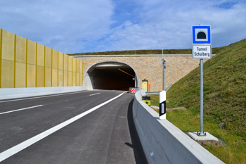Autobahntunnel A 44 Schulbergtunnel 73